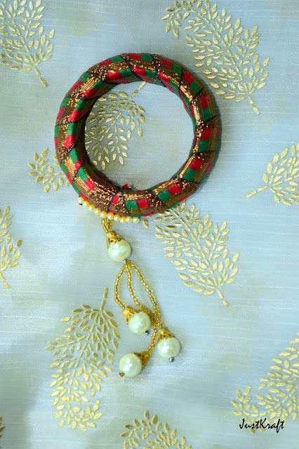 Lace and moti bangle lumba style
