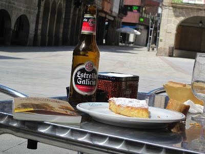 Having lunch in O Porriño