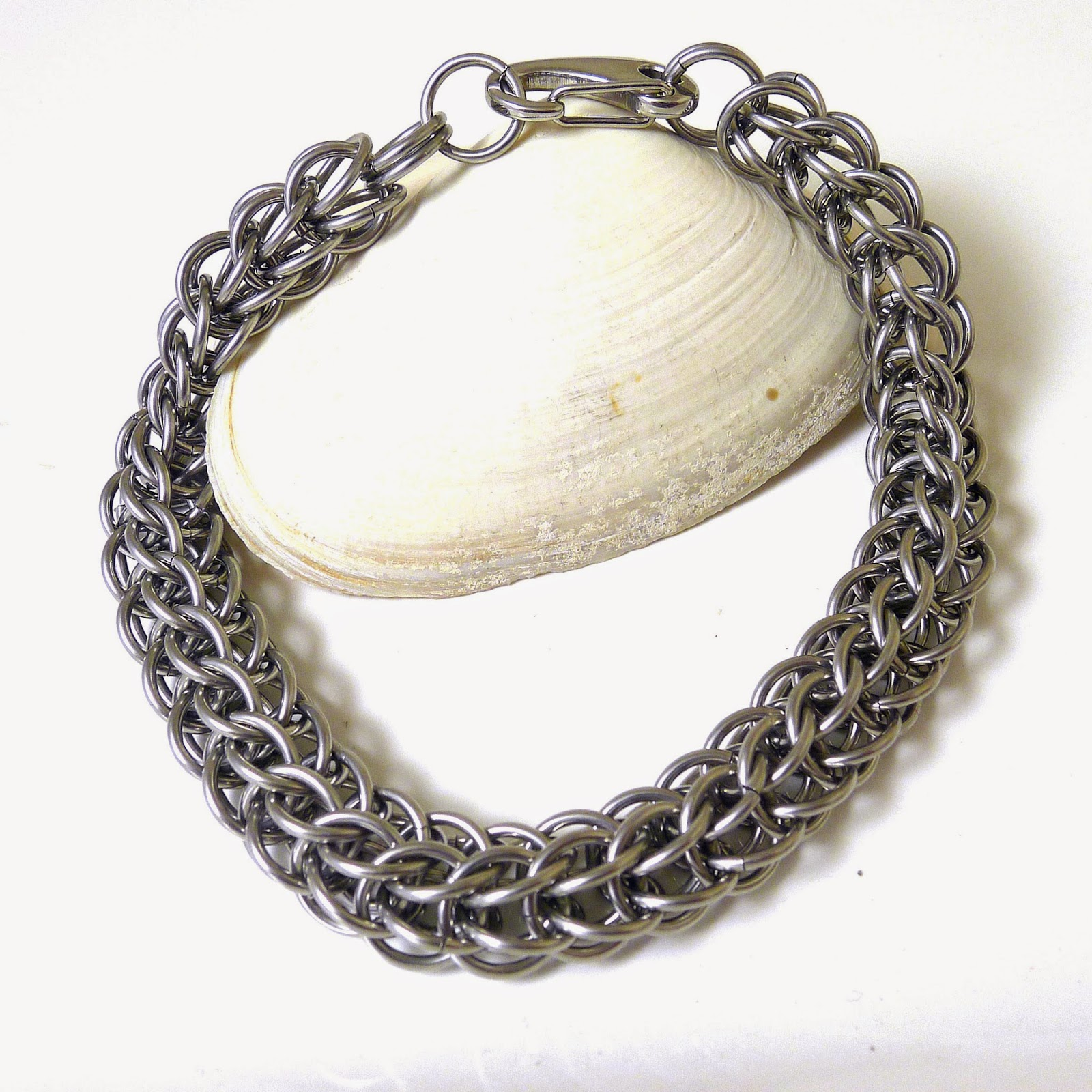 http://www.shazzabethcreations.co.nz/#!product/prd1/2699259551/men%27s-stainless-steel-persian-chainmaille-bracelet