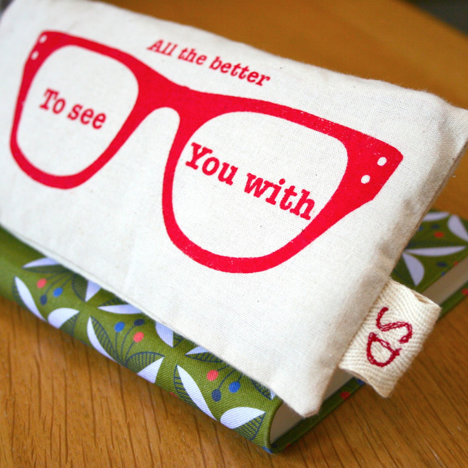 evajeanie and the sewing machiney: Red Riding Hood Glasses ... - photo#3