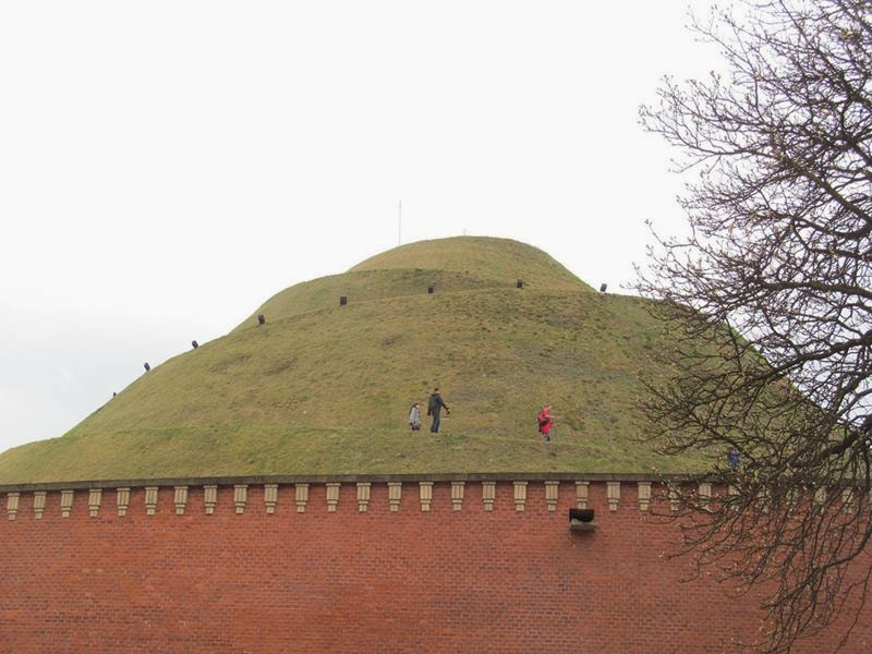"Kosciuszko Mound ""kopiec Kosciuszki"" is the most famous mound in Kraków, Poland, raised in 1820-1823. it was erected by Cracovians in memory of the great Polish National hero Tadeusz Kosciuszko."