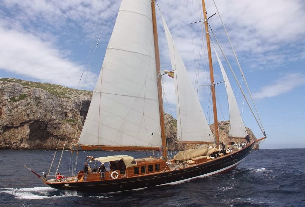 Classic Sailing Yachts | Nautical Handcrafted Decor Blog