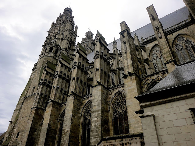 Exterior of Cathédrale Saint-Gatien in Tours, France