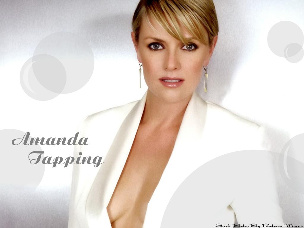 Amanda Tapping Biography