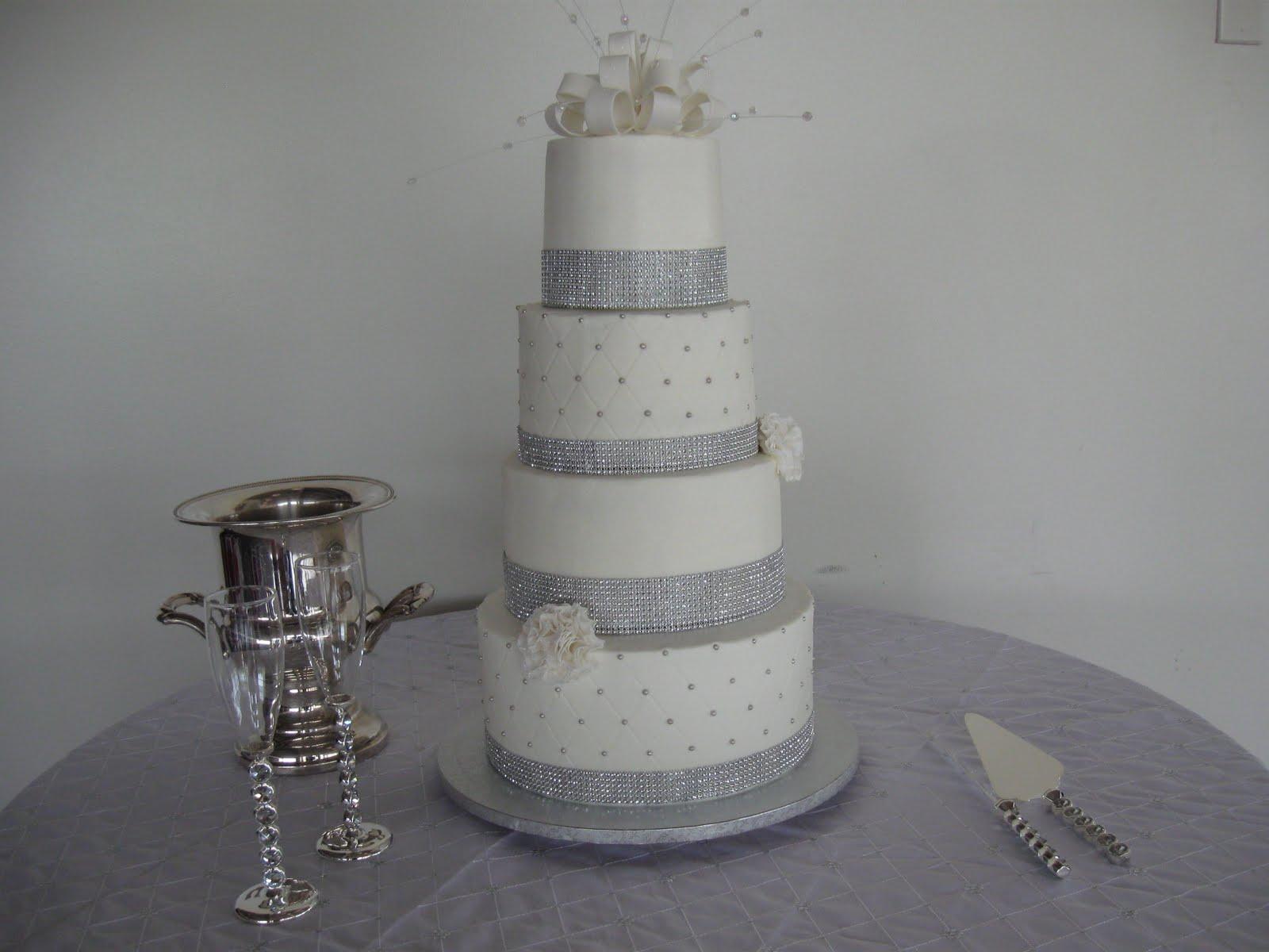 ICING ON THE EDGE Latoya s Wedding Cake