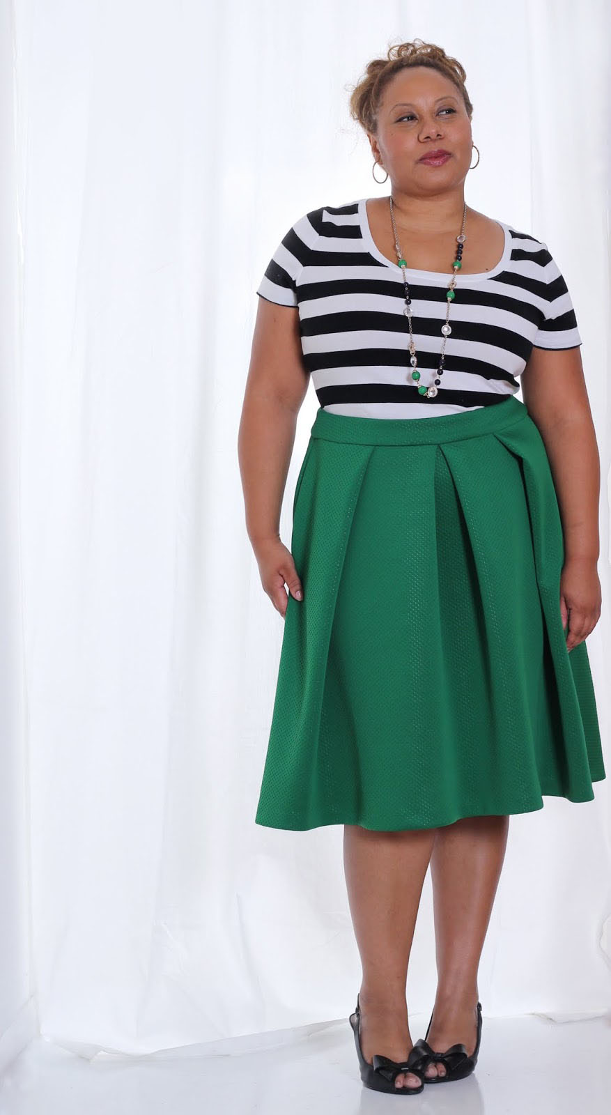Green Bocade Skirt (Business Casual Attire) | Curvy Outfit Ideas | Petite Outfit Ideas | Plus Size Fashion | Fall Fashion | OOTD | Professional Casual Chic Fashion and Style Inspiration