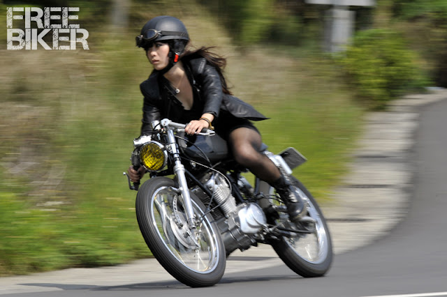 Motorcycle Girl 067 Return Of The Cafe Racers