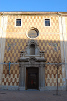 Casa de Cultura. Girona. Altres llocs d'interés. Entrada.