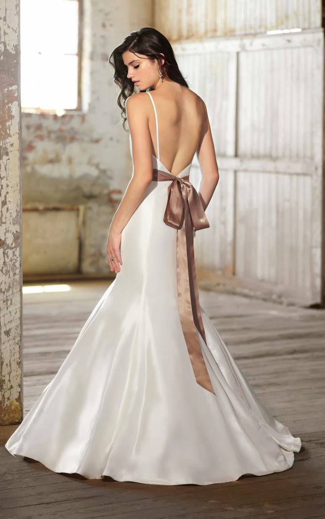 Tank Top Open Back Trumpet Silhouette Wedding Dress