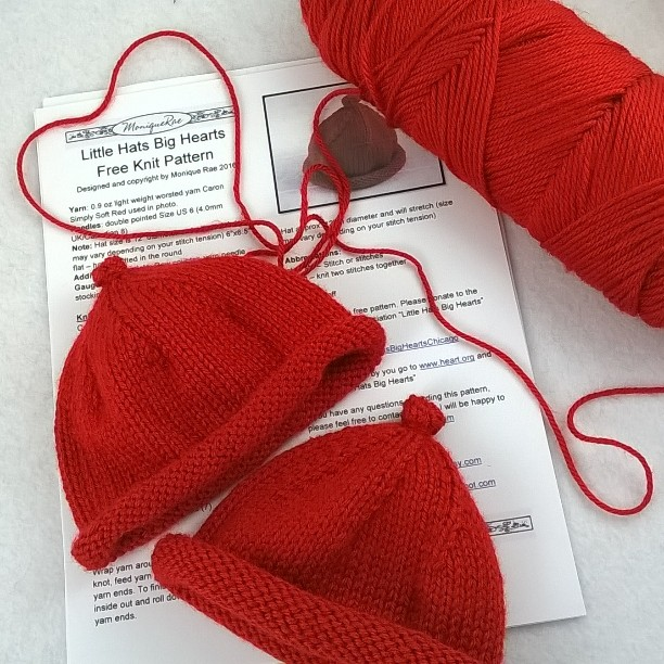 Big Heart Knitting Pattern : moniqueraedesigns: Little Hats Big Hearts Free Knit Hat ...