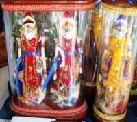 Bisnis Miniatur Wayang Golek