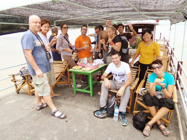Avventure nel Mondo - Dolce Burma - boat to Mingun - Mandalay