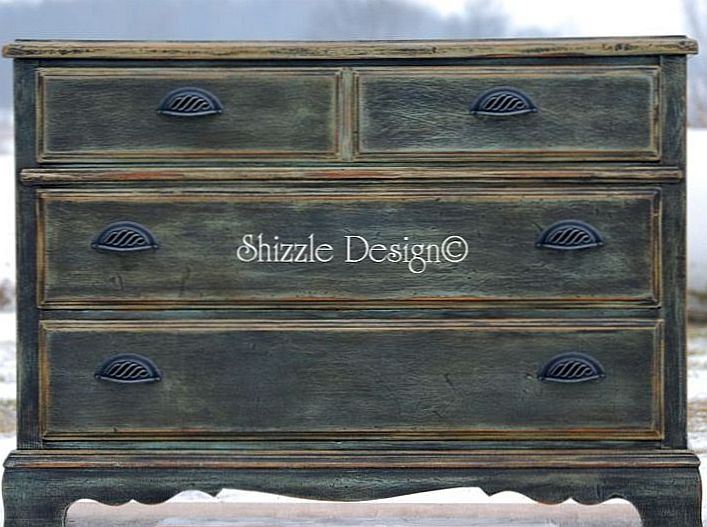 This Three Drawer Chest Would Make A Fabulous Entryway Piece!