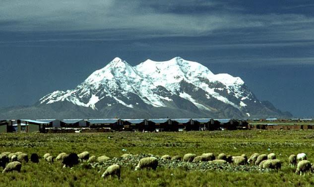 Montaña iIlimany Bolivia