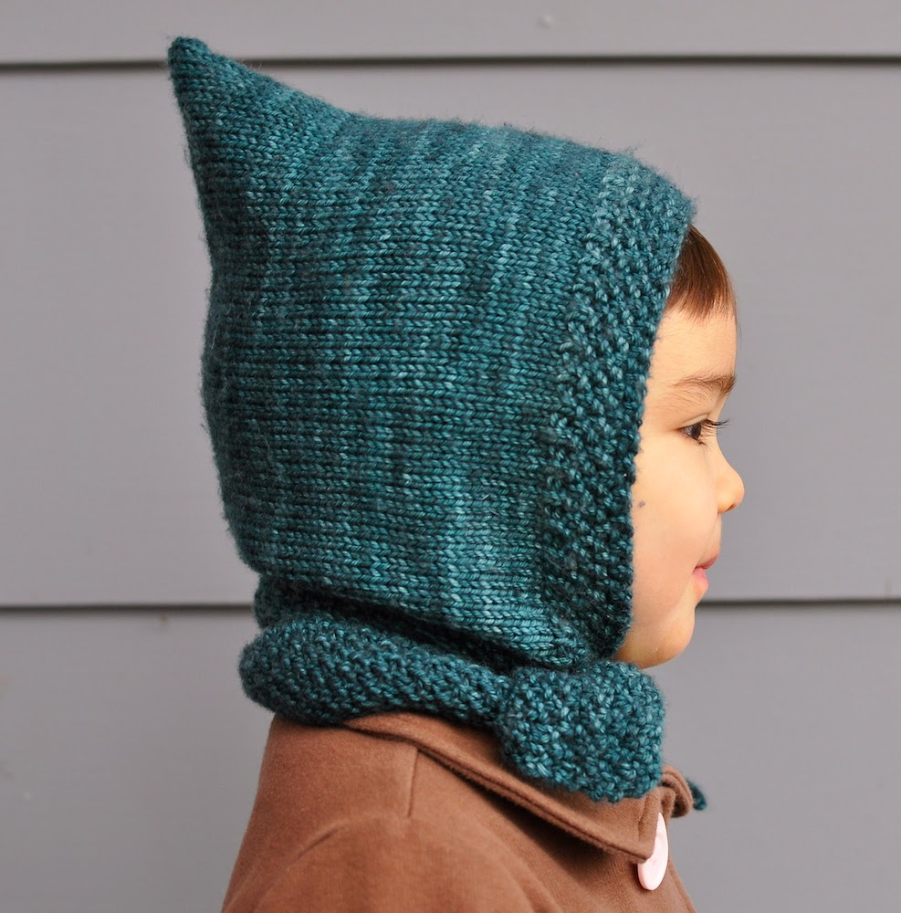Knitting Pattern For Hat With Scarf Attached : Free Pattern from amirisu - Pixie Scarf Hat