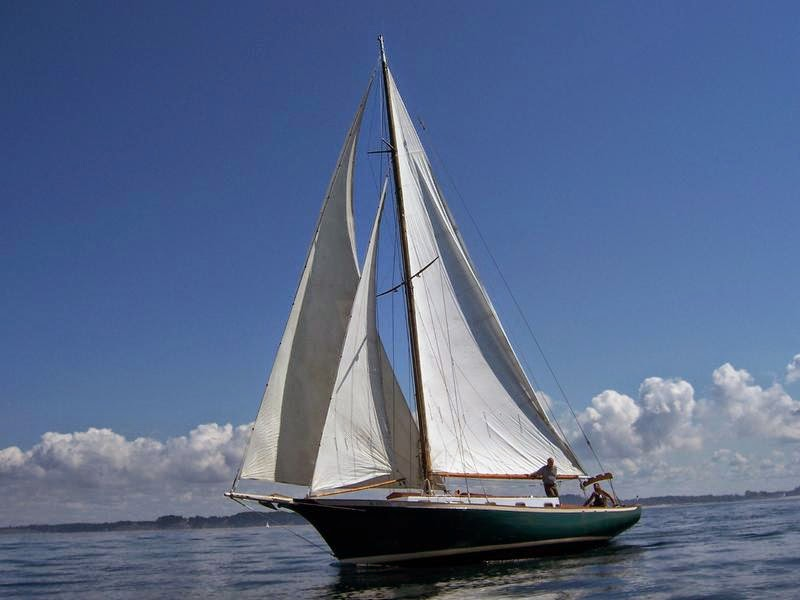custom built sails, custom sail -  http://www.nationalsail.com/
