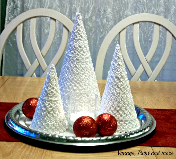 Vintage, Paint and more... Christmas centerpiece made with lace trees and Dollar store tray