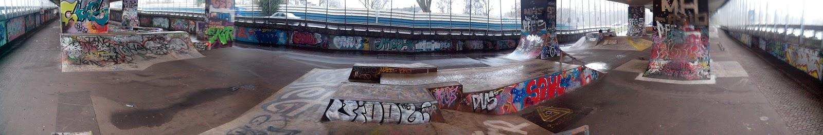 Skatepark onder de A8 in Koog aan de Zaan deel 1