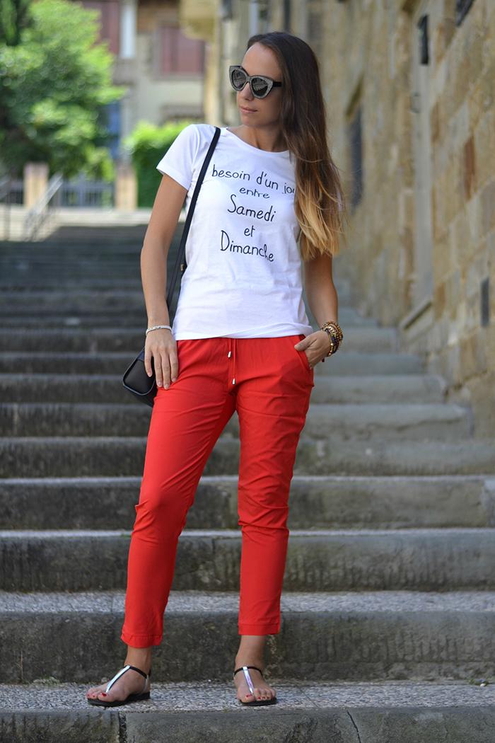idea abbinamento pantaloni rossi