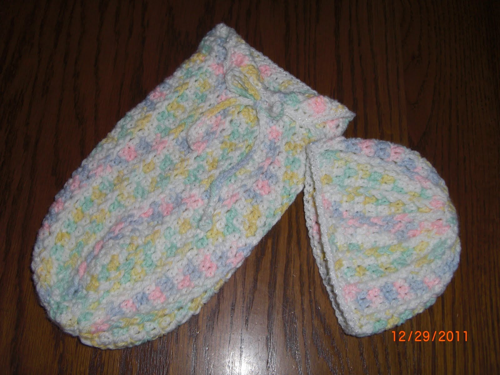 Free Crochet Pattern For Preemie Cocoon : Preemie Hat Project: Post Stitch Cuddle Sac