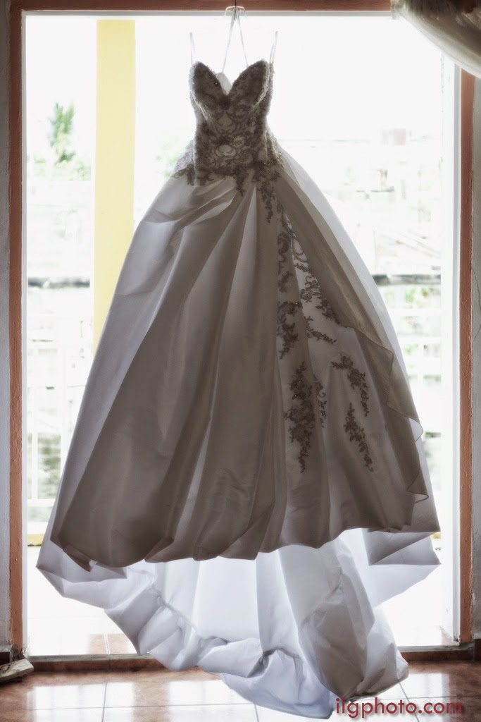 la superbe robe de la mariée