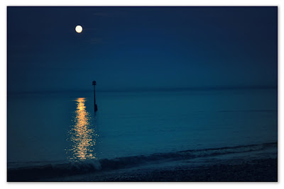 Full Moon by the Sea