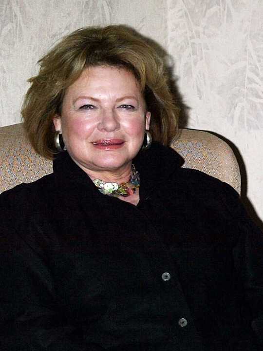 Sisterlines Space in Time: Footloose old and new... Dianne Wiest Movies