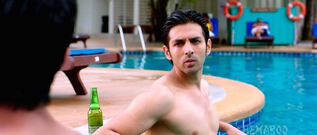 Pyaar Ka Punchnama 2 2015 Hindi 720p DVDRip 1GB