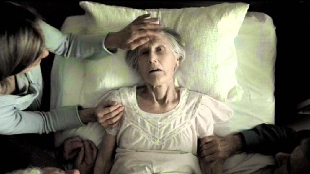 Nurse reveals the top 5 regrets people make on their deathbed