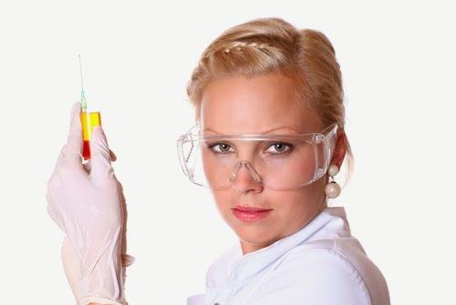 donna scienziata