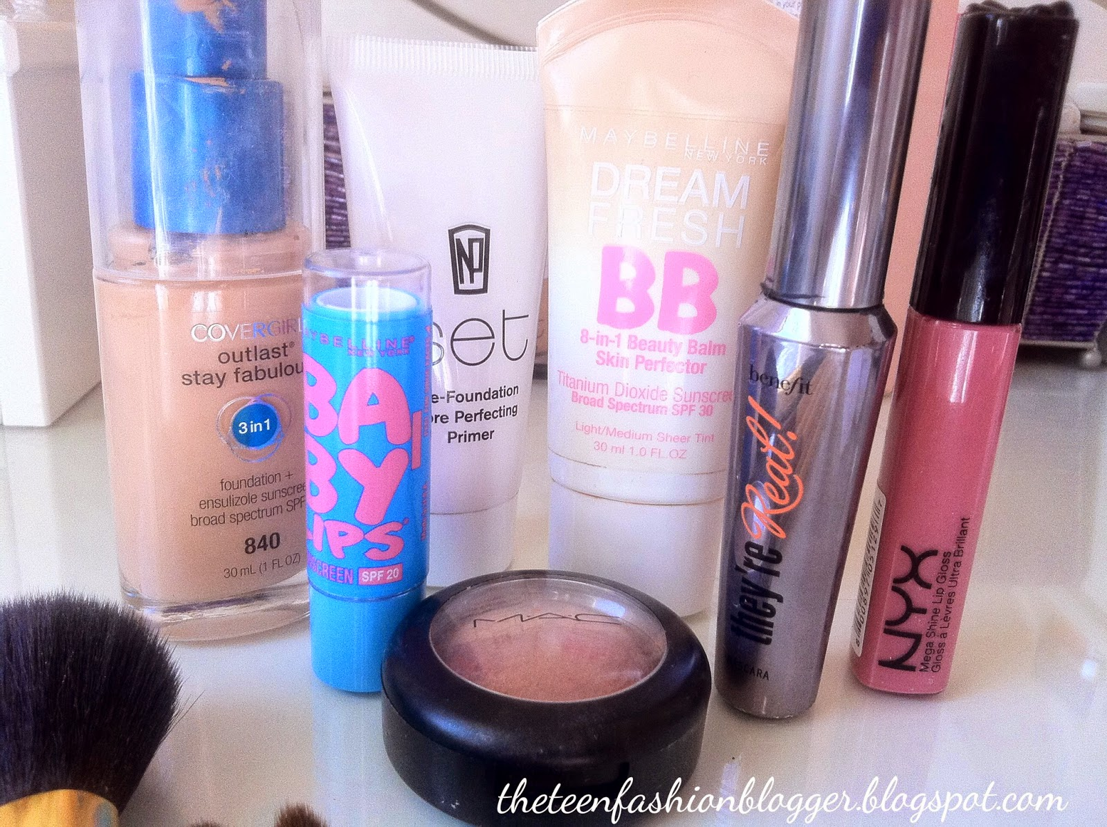 The Teen Fashion Blogger: Makeup for Beginners