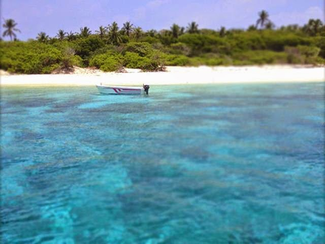 The Lagoon of Vashafaru Vaadhee Inn Maldives