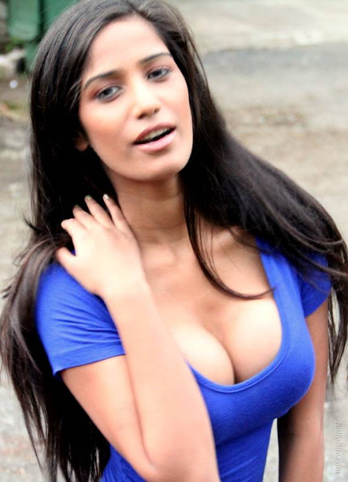 poonam pandey | spicy twitter snaps hot images