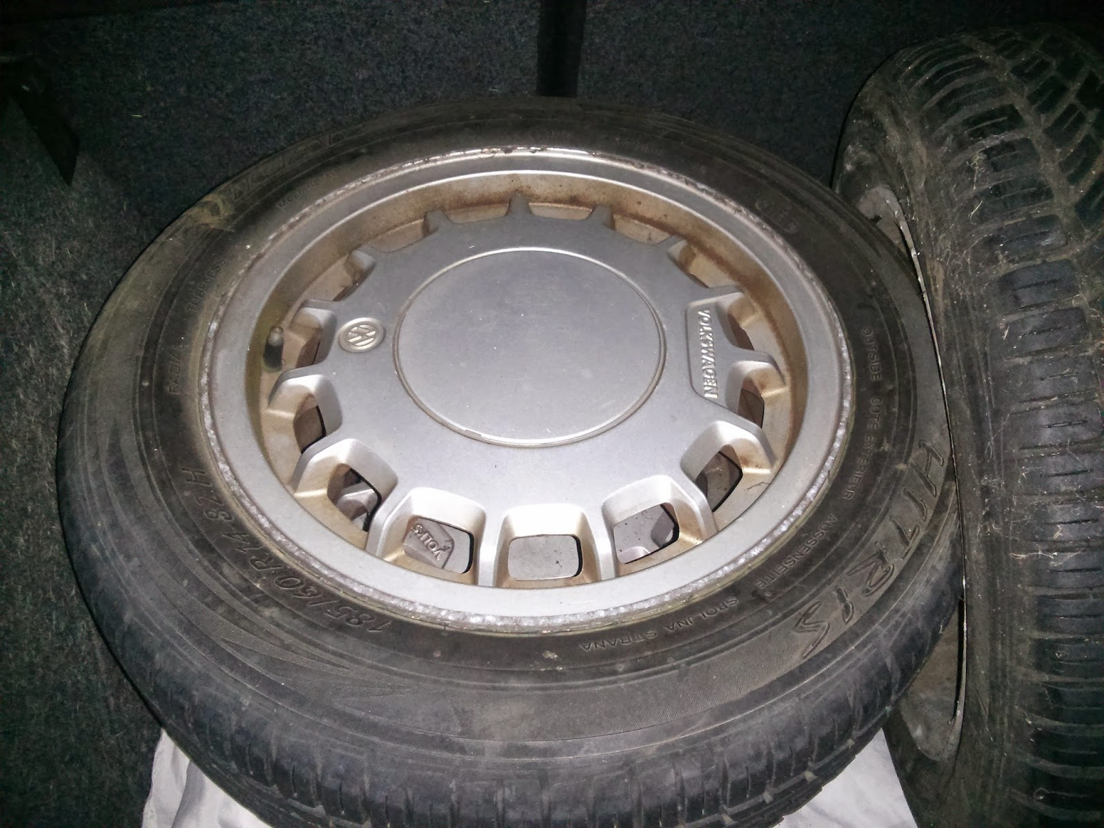Checking Age of Old Tyres UK - How find how old tyres on your car are?