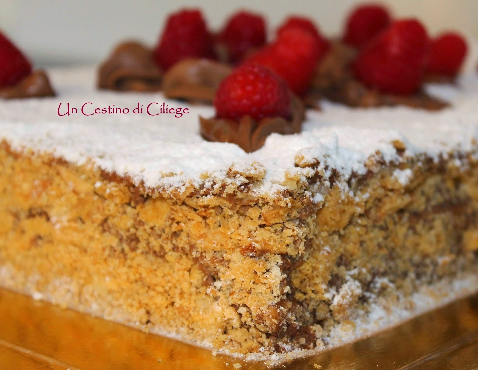 http://uncestinodiciliege.blogspot.it/2014/06/millefoglie-al-cioccolato-e-lamponi.html