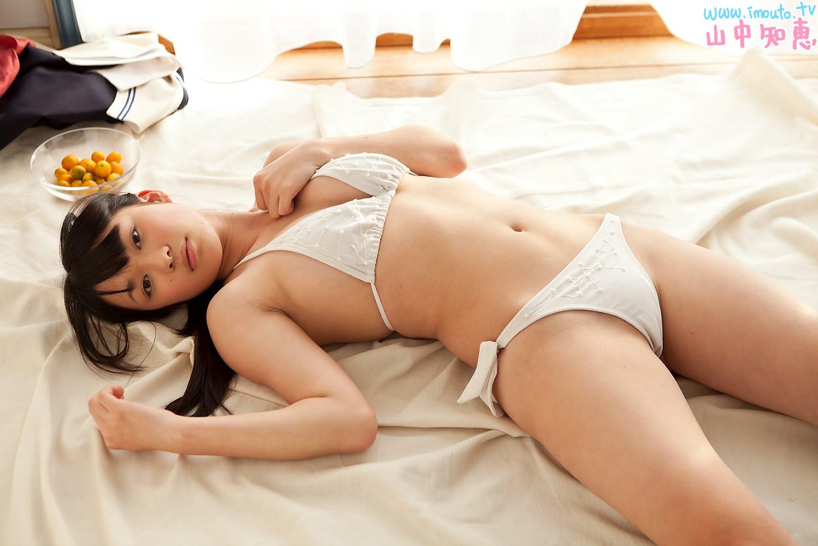 Nude tomoe yamanaka