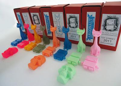 Toy Street Exclusive The Jelly Empire x Argonaut Resins Jelly Bot & Tuttz Mini Sets