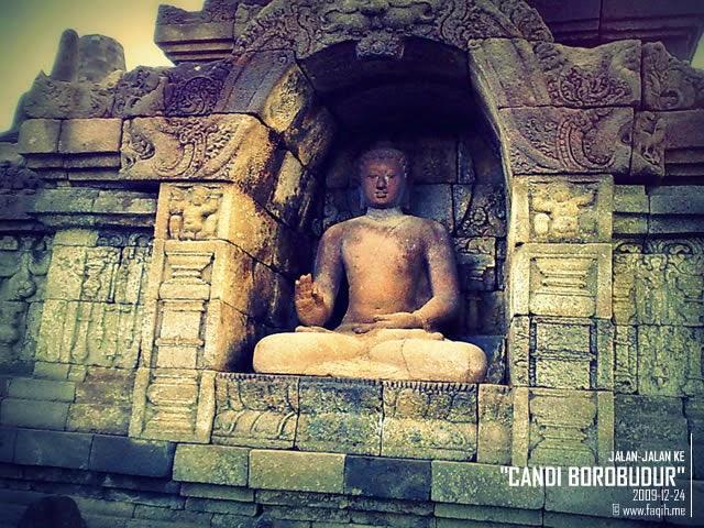 Gambar Patung Budha Candi Borobudur