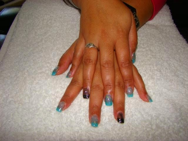 Full Set Gel Nails with Glitz and Nail Art Design + gel overlay + LED polish manicure and 12 pearl feats
