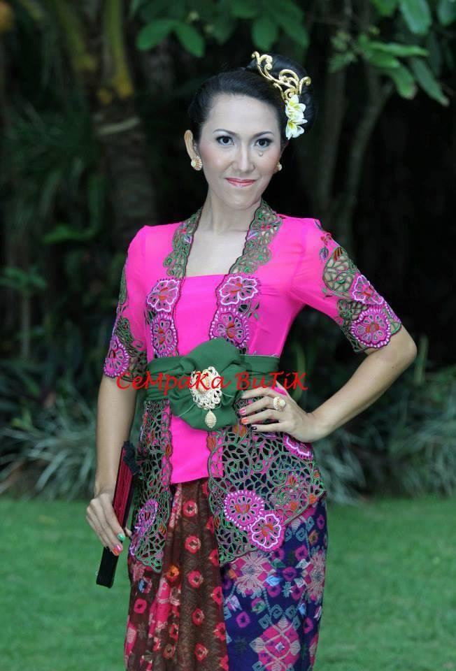 Kebaya Bali Full Kerawang | Black Hairstyle and Haircuts