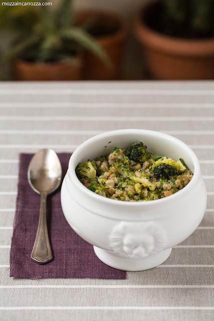 zuppa di farro ai broccoli