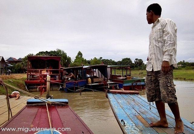 Barcos-Kompong-Phluk-Tonle-Sap