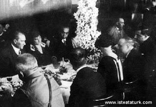 Atatürk'ün yüzen fuar projesi
