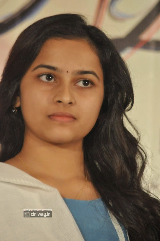 Vellaikaara-Durai-Movie-Heroine-Sri-Divya-Stills