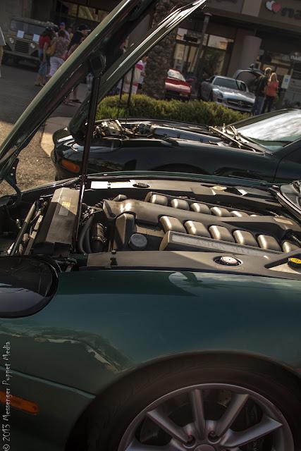 Aston Martin Vanquish DB7