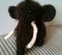 http://translate.googleusercontent.com/translate_c?depth=1&hl=es&rurl=translate.google.es&sl=en&tl=es&u=http://justaddawesome.tumblr.com/post/23348143418/wooly-mammoth-pattern-inspired-by-the-mammoths-of&usg=ALkJrhigcyNwU1oDBFc7dng-xyQRYUpXkw