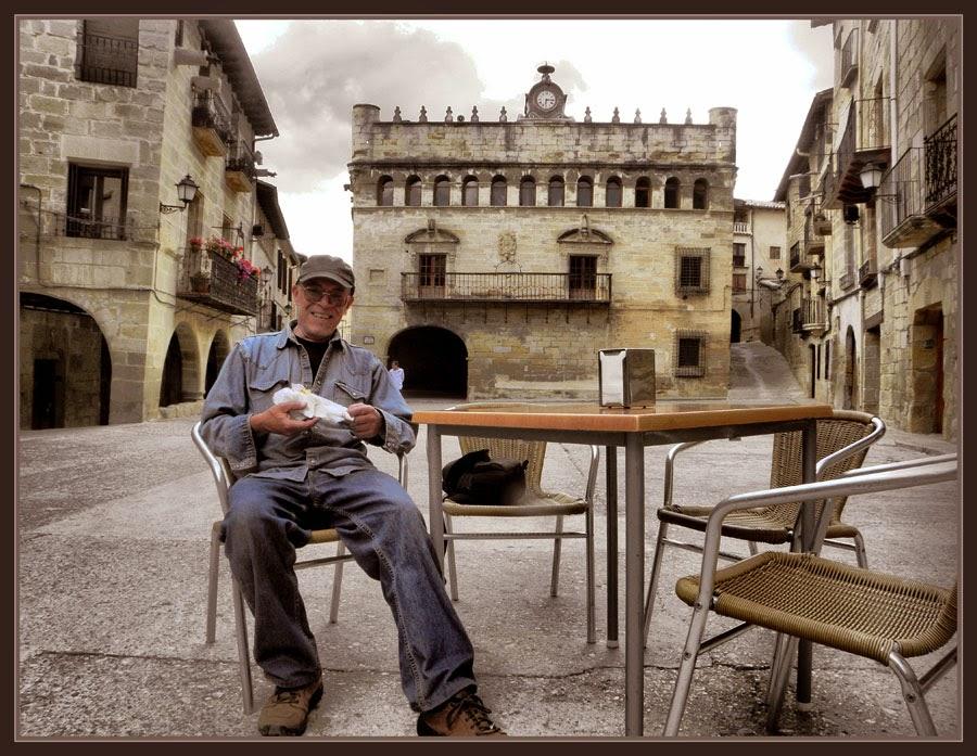 LA FRESNEDA-TERUEL-PAISAJES-MAESTRAZGO-AYUNTAMIENTO-FOTOS-VIAJAR-ARTISTA-PINTOR-ERNEST DESCALS