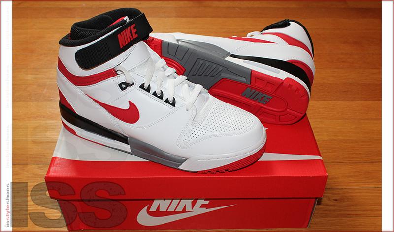 Nike Air Revolution 2013 Retro : University Red & Game Royal