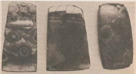 Kapak persegi (Sumber: Sejarah Nasional Indonesia dan Umum)