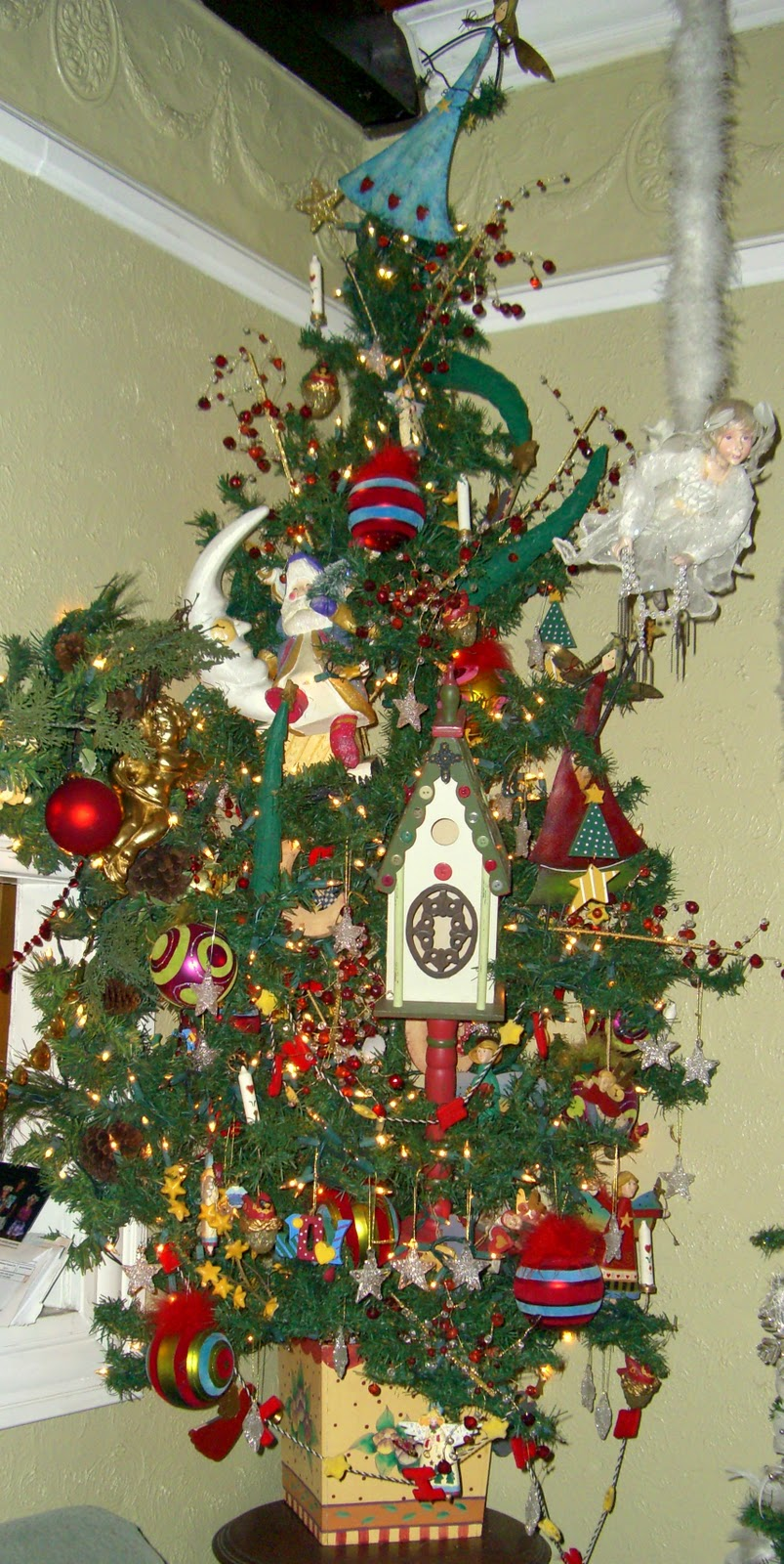 Yeowzers House Full Of Christmas Trees
